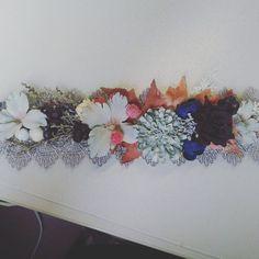 z tvorivého štvrtka #handmade #handmadebyzuzu #headpiece #headband #diy #flowers #floral #creativetime #dnestvorim #kvetinovyvencek #mojatvorba #kreativita #zelaniask #tvorivyden #creativetime #slovenskydizajn #praveslovenske #vyrobenosrdcem