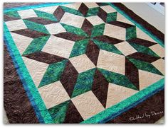 Beautiful quilt and the new color pallet I'm working towards.