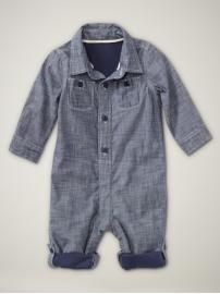 hmm...sister is going to have to have a boy so I can buy this for him!  So Cute!