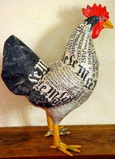 "Discover thousands of images about Cute heart things: Papier-mache: ""Farm Frenzy sisters Aude Goalec & Nicole Jacobs (France Paper Mache Projects, Paper Mache Clay, Paper Mache Sculpture, Paper Mache Crafts, Bird Sculpture, Sculpture Projects, Chicken Wire Crafts, Chicken Art, Paper Birds"