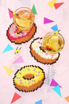 Glasuntersetzer aus Bügelperlen #donut #DIY #perlerbeads