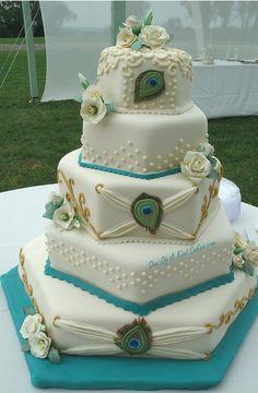 Glitz and Glam • wedding cakes
