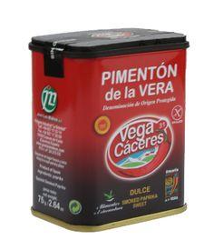 Pimentón de la Vera dulce. De coloración rojo intenso o carmesí, de textura harinosa. Aromático y potente en nariz, con ligero picor. En boca es ligeramente picante, aromático, sabroso, levemente ahumado y graso. De gran poder colorante. http://www.porprincipio.com/vinagres-y-condimentos/133-pimenton-de-la-vera-dulcelata-18.html#