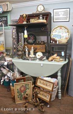 Restocking the Booth - Laura Palmer - Restocking the Booth Sales have been a little slow lately in my Antique Company Mall booth space. They usually take a dip around November and start to slowly rise back up by mi - Antique Store Displays, Antique Mall Booth, Antique Booth Ideas, Antique Shops, Antique Booth Design, Vintage Antiques, Window Display Retail, Retail Displays, Shop Displays