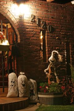 Ideas for a Kid-Friendly Haunted House from Punchbowl