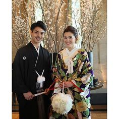 【amiwdg】さんのInstagramをピンしています。 《和装前撮り❤️ ボールブーケを持って、桜のお花が飾られている前で撮りましたカラードレスのときとは違い日本て感じがします✨完成したボールブーケを持ち、大きすぎたかなと思いましたが存在感があって良かったです #あみ前撮り …………………………………………………………………………… #プレシューティング#前撮り#和装#色打掛#ハツコエンドウ#卒花嫁#プレ花嫁#和装前撮り#モダン#modan#2016swd#結婚式#2016wedding#ボールブーケ#結婚式DIY#hatsukoendo#リッツカールトン東京#therizscarltontokyo#桜》 Instagram Posts
