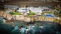 Located in Rosarito Beach Mexico, Las Rocas Hotel has breathtaking oceanfront settings, amazing oceanfront Weddings Venues, Spa and Vacation Packages