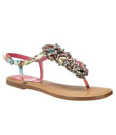 Gianni Bini Peony Sandals- My new fav sandal! I Love My Shoes, New Shoes, Me Too Shoes, Flat Shoes, Women's Shoes, Splendid Shoes, Bling Shoes, Gianni Bini Shoes, Cute Sandals