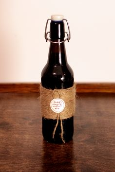 Use jute twine to create lovely rustic packaging for home-brewed beer, canned pickles and homemade jams.