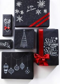 Gift Wrapping Ideas : A guide for your happy holiday home. Includes home decor, DIY, and recipe inspiration to make your home and holiday a happy one. Hello Holidays, Happy Holidays, Christmas Gift Wrapping, Christmas Presents, Holiday Gifts, Small Christmas Gifts, Christmas Ribbon, Santa Gifts, Christmas Paper
