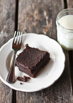 Grain free and Sugar free Black Bean Brownies! 4 ounces unsweetened chocolate 1 cup unsalted butter 2 cups soft-cooked black beans, drained well ( canned is fine) 1 cup walnuts, chopped 1 tablespoon vanilla extract ¼ cup (granulated) natural coffee substitute (or instant coffee, for gluten-sensitive) ¼ teaspoon sea salt 4 large eggs 1½ cups light agave nectar