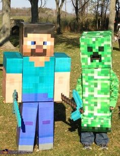 Steve & Creeper Minecraft Costumes Minecraft Halloween Costume, Creeper Costume, Minecraft Costumes, Halloween Costumes To Make, Halloween Costume Contest, Holidays Halloween, Halloween Kids, Halloween Party, Funny Kid Costumes