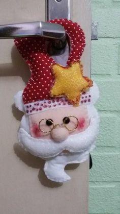 Felt Christmas Ornaments, Merry Christmas, Mini, Santa, Holiday Decor, Dreams, Home Decor, Home Decorations, Door Hangings