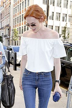 Eleanor Tomlinson Leaving BBC broadcasting House (Aug 31 2016)
