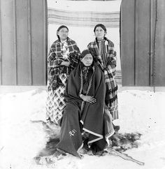 a report on lakota woman a memoir by mary crow dog Brave bird lived with her youngest children on the rosebud indian reservation,  south dakota her 1990 memoir lakota woman won an american book award.