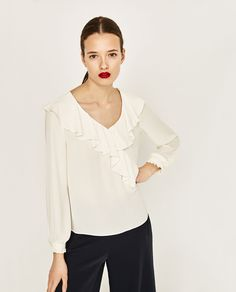 ZARA - COLLECTION SS/17 - FLOWING V-NECK BLOUSE