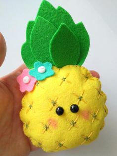 Many people believe that there is a magical formula for home decoration. You do things… Felt Crafts Patterns, Felt Crafts Diy, Sewing Crafts, Felt Fruit, Felt Food, Diy Toys, Toy Diy, Pineapple Ornament, Pineapple Craft