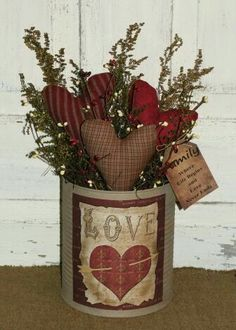 Lovely Country bouquet with cloth made hearts. Great Valentine decoration. #GreatDiyCountryDecor