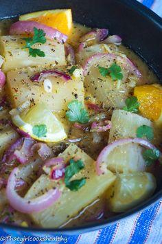 Yuca Con Mojo Cassava: Cuban Yuka in Garlic Sauce Boricua Recipes, Cuban Recipes, Veggie Recipes, Vegetarian Recipes, Healthy Recipes, Cuban Dishes, Spanish Dishes, Carribean Food, Caribbean Recipes