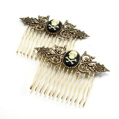 * Jolly Roger Black & Beige Skull Hair Combs *
