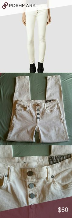 """All Saints Off-white Mast Fit Skinny size 30 Measures approximately 37"""" long, 29"""" inseam, 8.75"""" front rise, 14"""" flat across waist. Light wear. All Saints Jeans Skinny"""