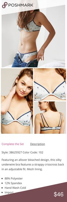 """Set!!! FREE PEOPLE Wild Hearts Bra & Panties Set! FREE PEOPLE Wild Hearts Lingerie. Wild Hearts Underwire Bra in """"Mint Combo"""" Color, Size 34DD. Wild Hearts Undie in Size LARGE. Cute and casual set! Free People Intimates & Sleepwear Bras"""