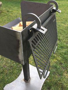 Fuoco del BBQ Grill di cottura alla griglia con legno
