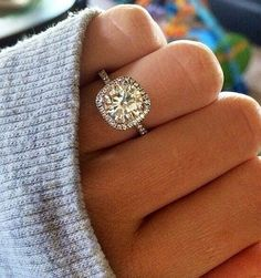 Cushion cut halo wedding engagement rings