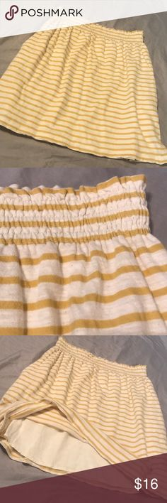 792b0d3844f6 Comme Toi Anthropologie Skirt - Size Small Comme Toi Anthropologie Skirt - Size  Small Super Cute