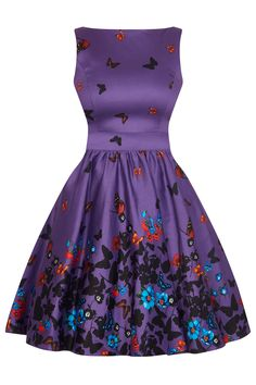 This beautiful style tea dress has a fitted purple cotton bodice and flared purple skirt printed with butterflies and flowers. The dress has a high neck at the front and a V neck at the back with a zip fastening. Vintage Tea Dress, Retro Dress, Vintage Dresses, Tea Dresses, Frock Fashion, 1950s Fashion, Vintage Fashion, Purple Butterfly, Butterfly Dress