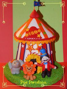 Habia una vez un circo!!Gran adorno de torta en porcelana fria!