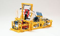 Working Mechanical Loom Made with Lego - it really works! #knithacker #lego #loom #tech #geek