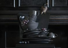 Discover our affordable range of dinner sets. Find everything from plates, bowls to dinnerware sets at IKEA. Ikea Vardagen, Ikea New, Ikea Inspiration, Ikea 2017 Catalog, Ikea Portugal, Dinner Sets, Dinnerware Sets, Scandinavian Interior, Black House