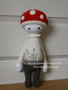 PAUl the toadstool made by coriannedesign / crochet patterns by lalylala