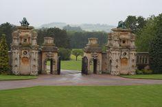 Harlaxton Manor - Gate