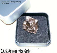 Sternschnuppe als Geschenk: Meteoriten, Glücksbringer aus dem All... unter www.sternpate.de erhältlich.