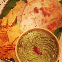 Guacamole & tortillas, fait-maison.