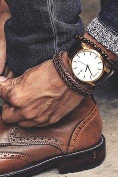 The Ultimate List of Gentleman Watch Brands Bracelets For Men, Fashion Bracelets, Beaded Bracelets, Fashion Jewelry, Mode Hipster, Mode Man, Wear Watch, Watch Ad, Style Masculin