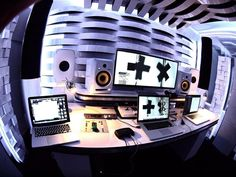 @martingarrix - new STUDIO +x by @jan_morel feat. @Vicoustic acoustic treatment…