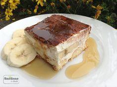 Banánový dezert s mascarpone a javorovým sirupem  Banánovému dezertu s mascarpone a zakysanou smetanou dodá svěžest limetková šťáva a javorový sirup dodá oříškovo-sladkou chuť.