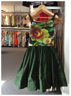 Taffeta Skirt, Babydoll Dress, Auckland, Showroom, Baby Dolls, Bodice, Emerald, Tulle, French