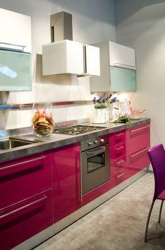 Cucine Scavolini moderne e colorate - Showroom Lissone