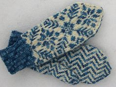 Ravelry: N:o Rovaniemi pattern by Eeva Haavisto Fingerless Mittens, Knit Mittens, Knitted Gloves, Baby Sweater Knitting Pattern, Mittens Pattern, Wrist Warmers, Hand Warmers, Knitting Stitches, Knitting Patterns