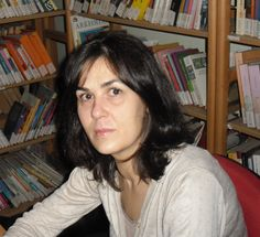 Turkish Festival author Suzan Geridönmez was born in 1966 in Kaiserslautern, Germany, but at age 14 decided to live with relatives in Turkey. She studied German language and literature in Istanbul and completed training in Austria to be a librarian.