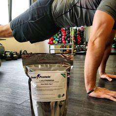 La L-glutammina : ✔️Fortifica il sistema immunitario ✔️ Indispensabile per il recupero muscolare. ✔️ Aumenta il focus mentale.  ✔️ Stimola l'ormone della crescita.  Che aspetti allora? ⚡ #EnerProtein #gym #gymlife #muscle #fit #fitboy #fitgirl #fitness #nopain #nogain #energy #protein #flex #glutammina #lifestyle #healthy #body #bodybuilding #trasformation #bodygoals #gymmotivation #motivation #dedication #like4like #follow4follow