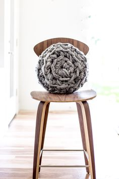 modern twine curved arm sofa leather recliner set dubai 291 best knitting without needles images in 2019 wool yarns bulky hand crochet round pillow pattern by anne weil of flax amp