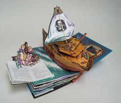 Peter Pan (A Classic Collectible Pop-Up): Robert Sabuda: 9780689853647: Amazon.com: Books