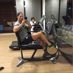 When he made family time also aerobic time | 18 Times Cristiano Ronaldo Gave Us All Fitness Goals