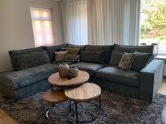 Living Room Decor, Living Spaces, Homemaking, Sweet Home, New Homes, Couch, Interior Design, Furniture, Home Decor