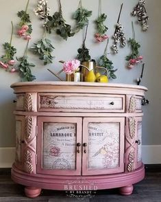 """Receive great pointers on """"shabby chic furniture bedroom"""". They are actually offered for you on our website. Funky Painted Furniture, Pink Furniture, Decoupage Furniture, Refurbished Furniture, Shabby Chic Furniture, Furniture Makeover, Vintage Furniture, Furniture Decor, Decoupage Paper"""